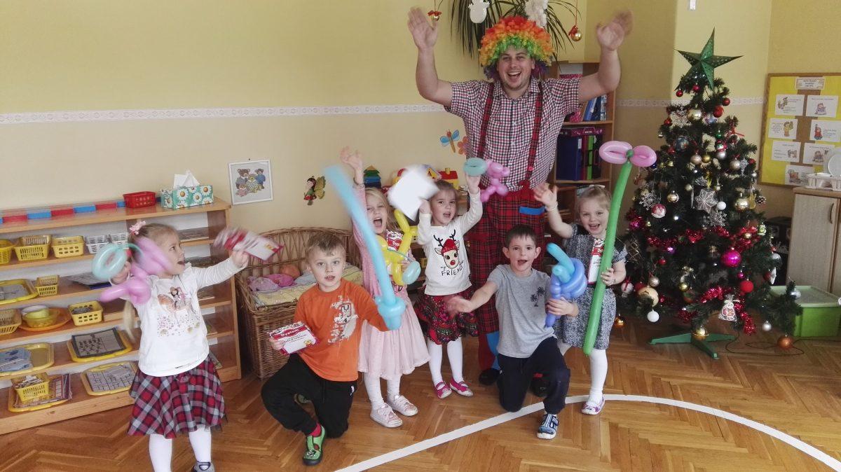 Radosny dzień z animatorem zabaw – urodziny Julii