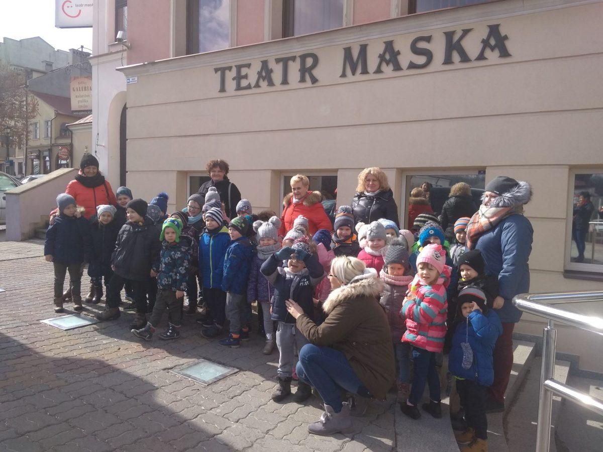 Wyjazd przedszkolaków do Teatru Maska w Rzeszowie.