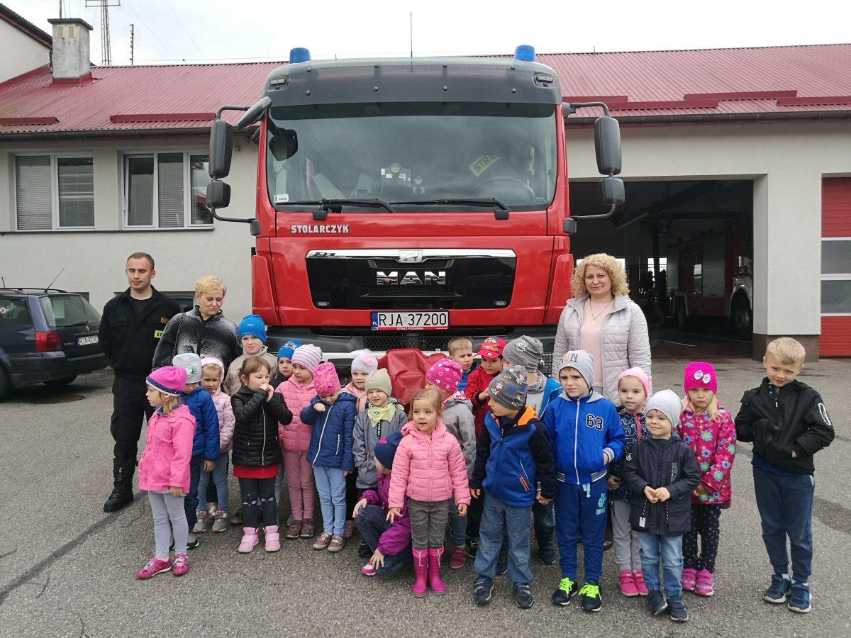 """,, Kiedy będę duży zostanę strażakiem…"""" z wizytą w Straży Pożarnej"""