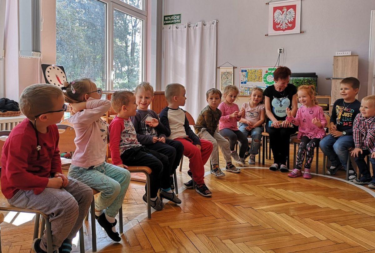 """""""Cała Polska czyta dzieciom"""" – odwiedziny Pani Krysi"""